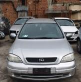 Dezmembrez Opel Astra